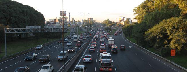 Vuelven las fotomultas a la Avenida General Paz para reducir accidentes de tránsito
