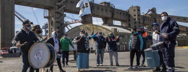 Paro por 24 horas en el Puerto de Buenos Aires