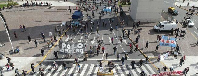 Protestas del MST, el Polo Obrero y otras organizaciones de izquierda en el Obelisco