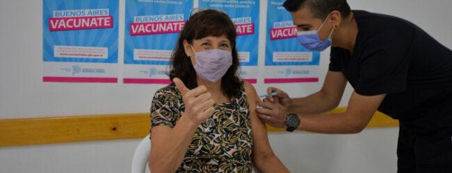 Comienza la aplicación de vacuna libre en estaciones de trenes bonaerenses a mayores de 35 años